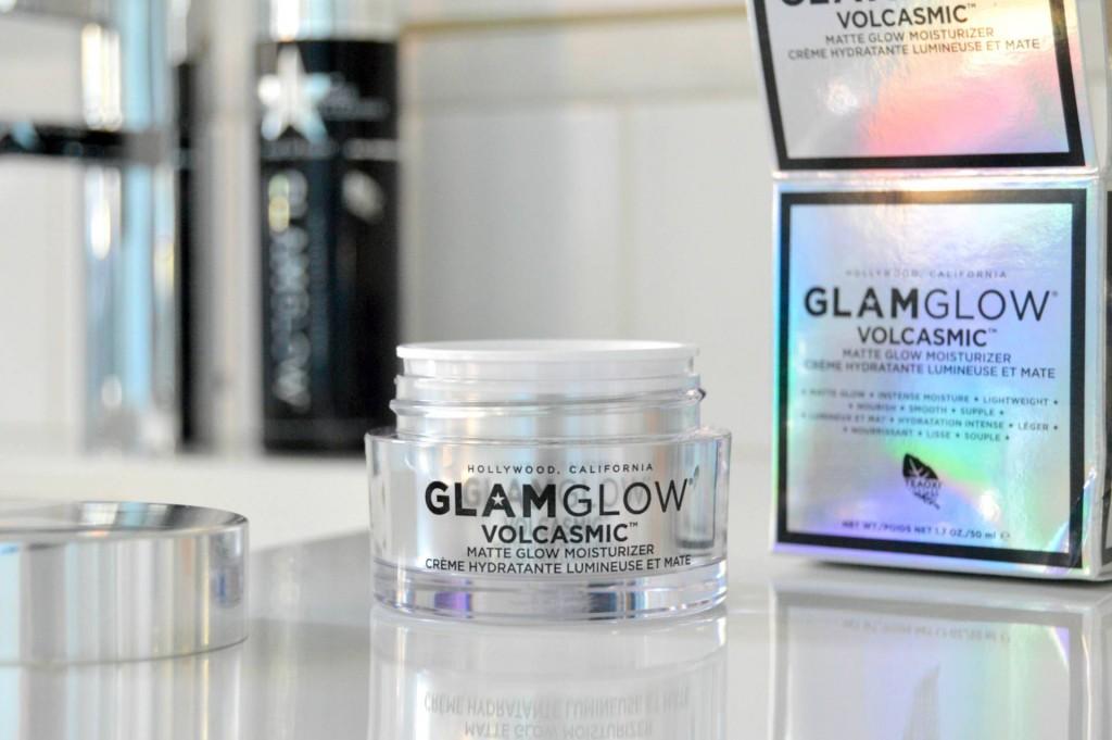 volcasmic-matte-glow-moisturizer-glamglow.jpg